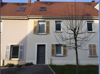 Maison de ville 100 m2 à louer à Vaires-sur-Marne