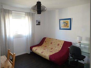 Appartager FR - studio meublé libre début MAI - Bacalan, Bordeaux - 510 € / Mois