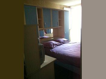 Appartager FR - Chambre meublée en colocation  - Saint-Ouen-l'Aumône, Paris - Ile De France - 500 € / Mois