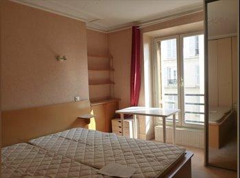 Appartager FR - Appartement meublé, 3 chambres,60 m2 tout confort - 4ème Arrondissement, Paris - Ile De France - 580 € / Mois