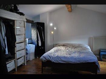Appartager FR - Chambre dans un triplex de 140m² tout confort - 10ème Arrondissement, Paris - Ile De France - 990 € / Mois