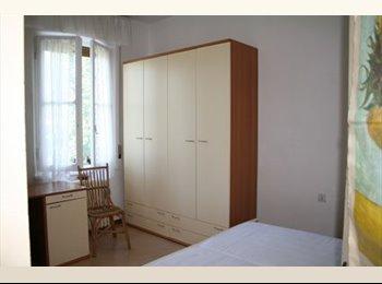 EasyStanza IT - Affitto singola per ragazza - Urbino, Urbino - € 250 al mese