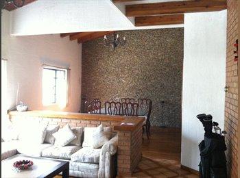 CompartoDepa MX - Profesionista - San Pedro - Valle, Monterrey - MX$5,000 por mes