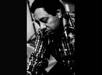 alejandro - 40 - Profesional