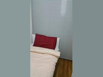 EasyRoommate SG - Single room for rent - Balestier, Singapore - $900 pcm