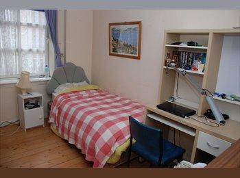 Edinburgh  Single Room To Rent