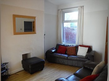 Kensington Fields houseshare - all bills included