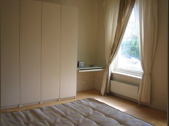 EasyRoommate UK - Lovely Huge Double rm in Garden Flat, - Alexandra Palace, London - £800 pcm
