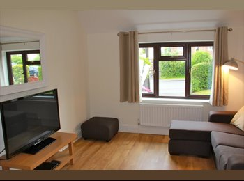 EasyRoommate UK - Beautiful all-inclusive double rooms from £103pw - Tilehurst, Reading - £500 pcm