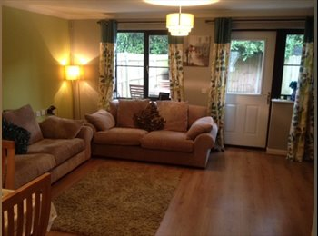 Large double room in Farnbrough