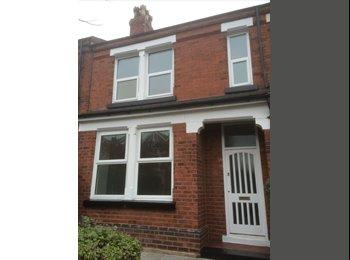 EasyRoommate UK - Rooms to rent in Dentons Green - St Helens, St. Helens - £330 pcm