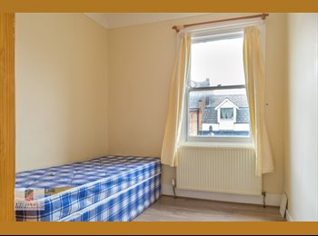 Newly refurbished double room available now