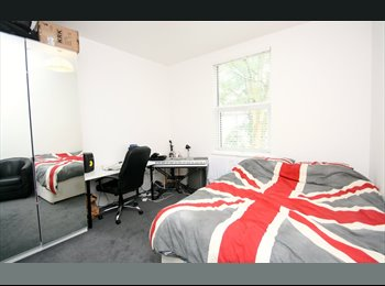 En-suite rooms for Summer Students or Interns.