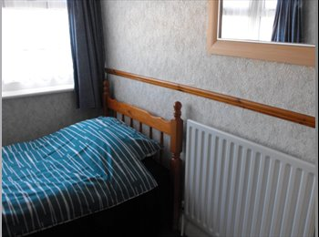 EasyRoommate UK - A GREAT PLACE TO LIVE - Dagenham, London - £400 pcm