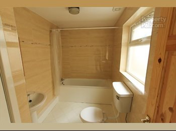EasyRoommate UK - 2 Bed house FOR RENT - Castlereagh, Belfast - £425 pcm