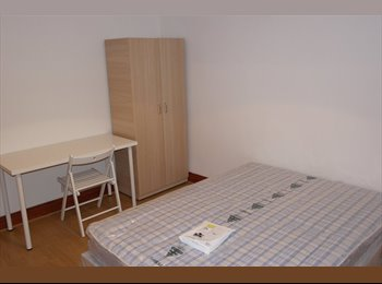 EasyRoommate UK - Large Double Room (All Bills Included) Hayes/Uxb - Hayes, London - £550 pcm