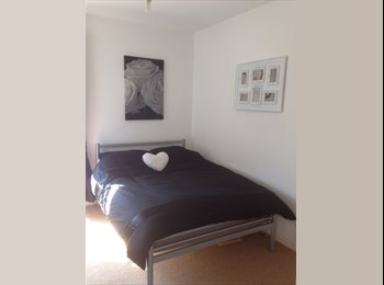 EasyRoommate UK - Need a lovely female housemate!double room Fratton. Bills included £450 - Southsea, Portsmouth - £450 pcm