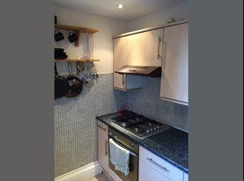 EasyRoommate UK - ***High quality double bedroom price includes all bills - Preston, Preston - £301 pcm