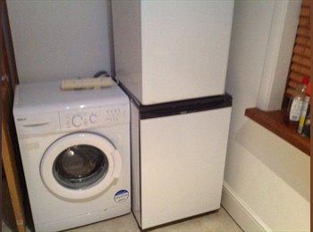 EasyRoommate UK - Completely self contained own entrance - Waterlooville, East Hampshire and Havant - £650 pcm