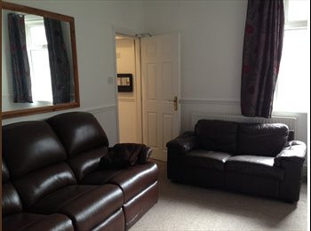 EasyRoommate UK - Bright, modern room in 6 bed apartment share - Didsbury, Manchester - £450 pcm