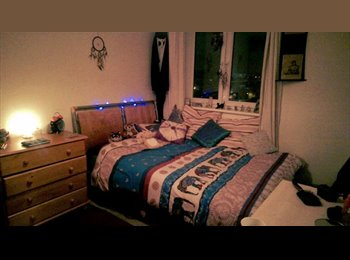 EasyRoommate UK - Double Room Available West London - Hammersmith, London - £795 pcm