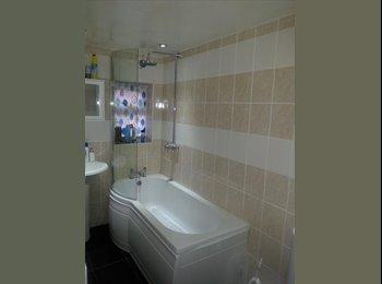 EasyRoommate UK - Fully furnished/ lovely house - Moseley, Birmingham - £425 pcm