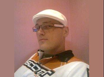 EasyRoommate UK - Stanislav  - 27 - Bradford