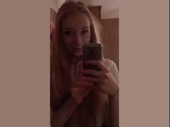 EasyRoommate UK - Emily - 18 - Bath and NE Somerset