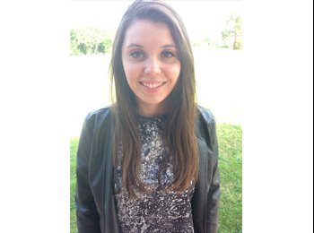 EasyRoommate UK - Camille - 19 - Brighton and Hove