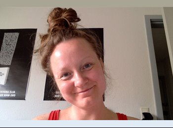 EasyRoommate UK - sofie  - 36 - Glasgow