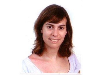 Amanda - 30 - Professional