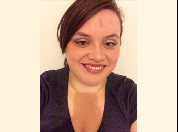 EasyRoommate UK - Julia  - 31 - Chester