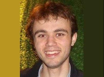 EasyRoommate UK - Adrian - 22 - Oxford