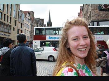 EasyRoommate UK - Eleanor - 24 - Aberdeen