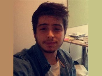 EasyRoommate UK - Aaron  - 19 - Glasgow