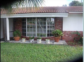 EasyRoommate US - very nice clean quiet room in west boca - Boca Raton, Ft Lauderdale Area - $650 pcm