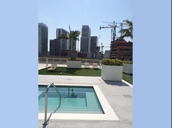 EasyRoommate US - Large loft apartment with stunning view - Brickell Avenue, Miami - $1,150 pcm
