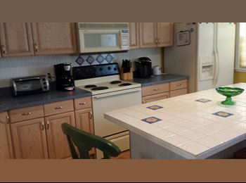 $850 Roomate wanted to share 2 bed 2 bath