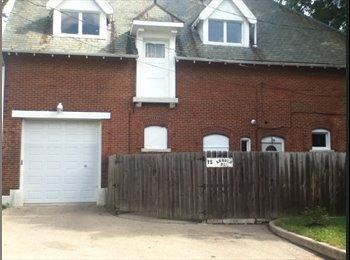 EasyRoommate US - Carriage House for rent - Dayton, Dayton - $1,140 pcm