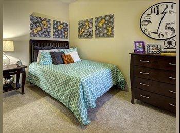 EasyRoommate US - Beautiful Student Housing Room: FREE Rent for May!!! - Marietta, Atlanta - $554 pcm