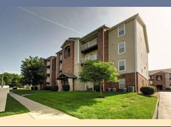 EasyRoommate US - Looking for roommate for the summer! - Springfield, Springfield - $370 pcm