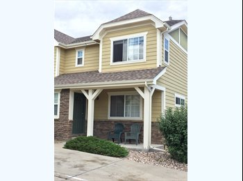 EasyRoommate US - Awesome Townhouse looking for chill roomates - Fort Collins, Fort Collins - $450 pcm