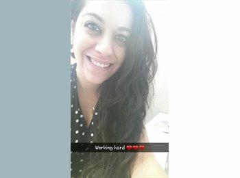 EasyRoommate US - Lauren - 26 - Orlando Area