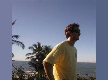 EasyRoommate US - Kenneth  - 23 - Ft Lauderdale Area
