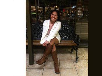 Michelle - 18 - Student