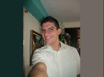 Carlos - 22 - Profesional