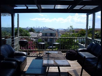 EasyRoommate AU - Double Room and Large Double With Sunroom - Dover Heights, Sydney - $290 pw