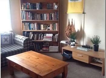 EasyRoommate AU - Room for rent in 4 bedroom share house - New Farm, Brisbane - $150 pw