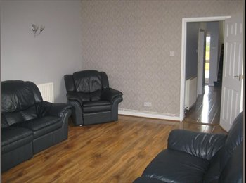 EasyRoommate UK - 6 Bedroom Luxurious House - Stoke Aldermoor, Coventry - £420 pcm