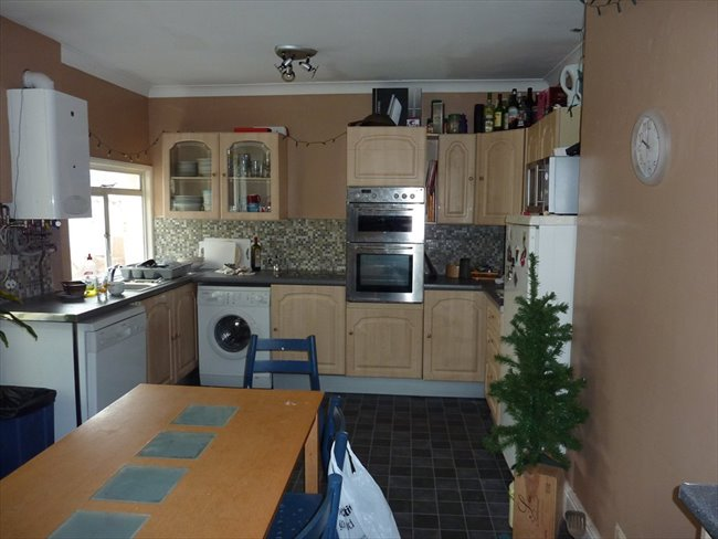 Furnished Bills Inclusive Rooms Beaumont Rd - St Judes - Image 1